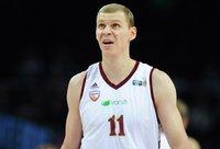 R.Grabauskas pasižymėjo kova dėl kamuolių (Fotodiena.lt nuotr.)