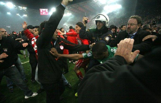 """""""Olympiacos"""" sirgaliai grūmėsi su turkais"""