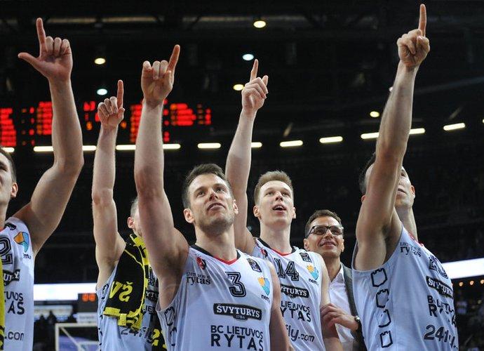 """Vilniečiai po pusketvirtų metų pertraukos laimėjo """"Žalgirio"""" arenoje (Rokas Lukoševičius, Fotodiena.lt)"""